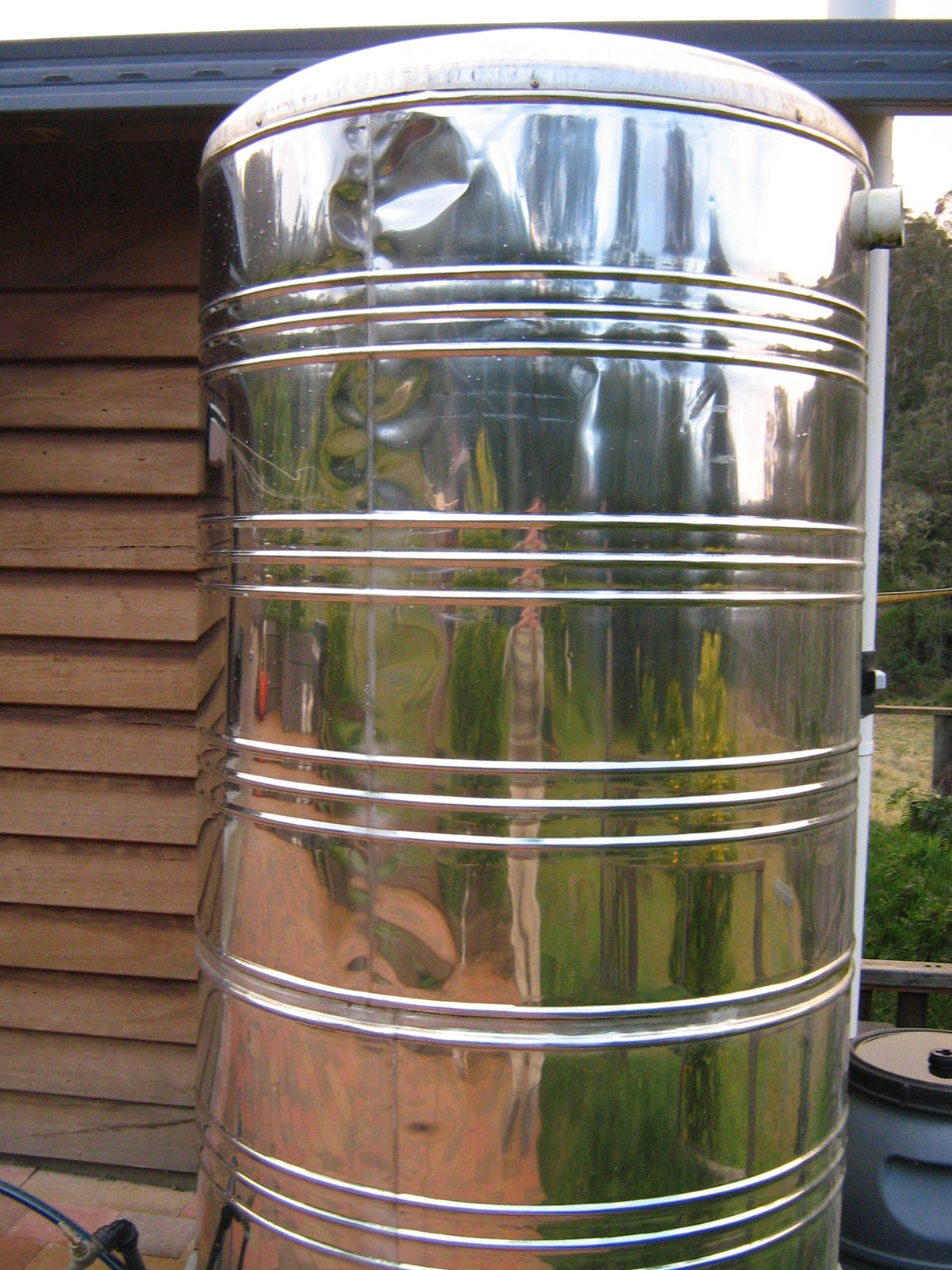 Stainless-steel-water-tank